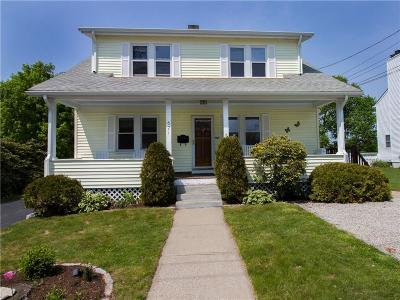 Bristol County Multi Family Home For Sale: 621 Maple Av