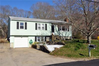 North Kingstown Single Family Home For Sale: 20 Lawnwood Rd
