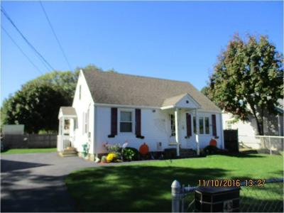 Coventry Single Family Home For Sale: 43 Patton St
