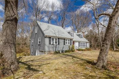 South Kingstown Single Family Home For Sale: 45 Stonehenge Rd