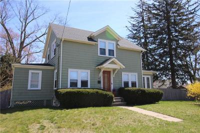 East Providence RI Single Family Home For Sale: $300,000