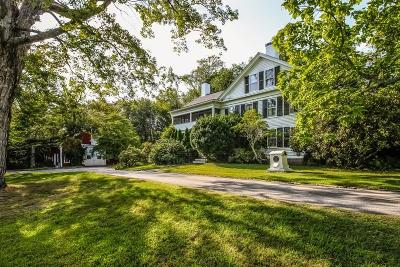Glocester Single Family Home For Sale: 1096 Putnam Pike