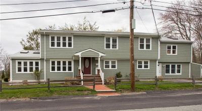Bristol County Single Family Home For Sale: 8 Wales Dr