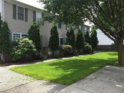 Cranston Condo/Townhouse For Sale: 32 Hillwood St, Unit#2 #2