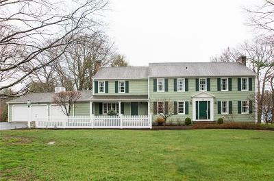 East Greenwich Single Family Home For Sale: 58 Cindyann Dr