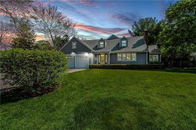 Bristol County Single Family Home For Sale: 43 Chapin Rd