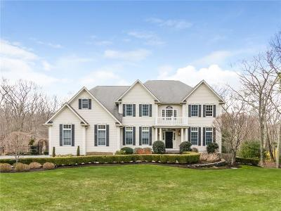 East Greenwich Single Family Home Act Und Contract: 105 Tipping Rock Dr