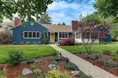 East Providence Single Family Home Act Und Contract: 2 Bridgham Farm Rd