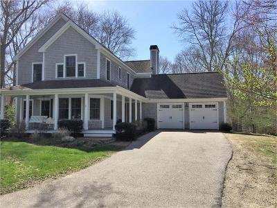 South Kingstown Single Family Home For Sale: 77 Sylvan Wy