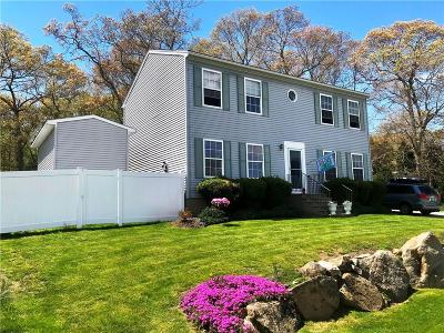 South Kingstown Single Family Home For Sale: 132 Peaked Rock Rd
