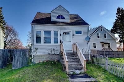 East Providence Single Family Home For Sale: 60 Reynolds St