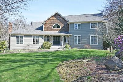 East Greenwich Single Family Home Act Und Contract: 35 Ann Dr