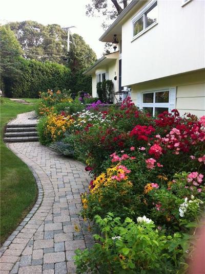 Warwick Single Family Home For Sale: 115 Love Lane
