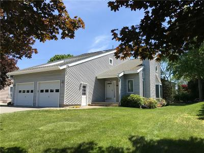 Westerly Single Family Home For Sale: 31 Clifford Dr