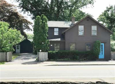 North Kingstown Single Family Home For Sale: 294 Phillips St