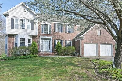 North Kingstown Single Family Home For Sale: 105 Haggarty Hill Rd
