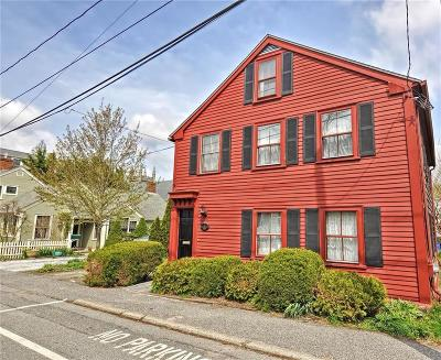 Bristol County Single Family Home For Sale: 25 Congregational St