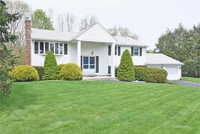 East Greenwich Single Family Home For Sale: 3 Monroe Dr