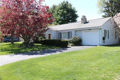 East Greenwich Single Family Home For Sale: 67 Wanton Shippee Rd