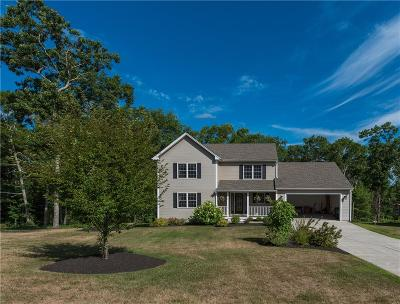 South Kingstown Single Family Home For Sale: 97 Cyrus Ct
