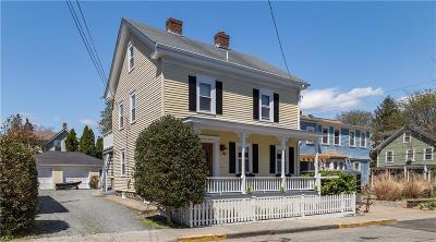 Newport Single Family Home For Sale: 15 Cherry St