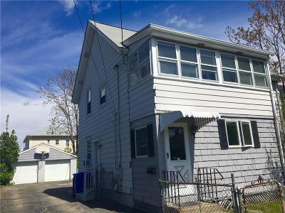 Pawtucket Single Family Home For Sale: 140 Baxter St