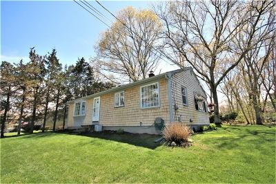 South Kingstown Single Family Home For Sale: 47 Sabbatia Trl