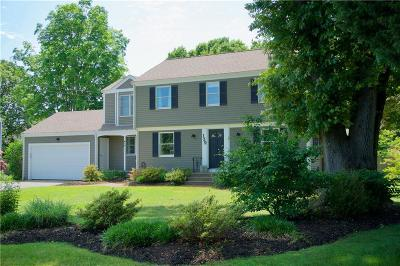 Bristol County Single Family Home For Sale: 139 Alfred Drowne Rd