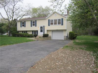 South Kingstown Single Family Home Act Und Contract: 106 Briarwood Dr