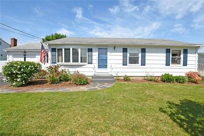 East Providence Single Family Home For Sale: 31 Seabrook Dr