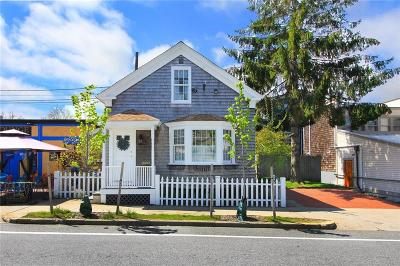 Newport Single Family Home For Sale: 18 Memorial West Blvd