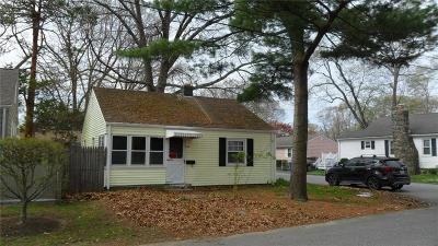 East Providence Single Family Home Act Und Contract: 86 Pine Crest Dr