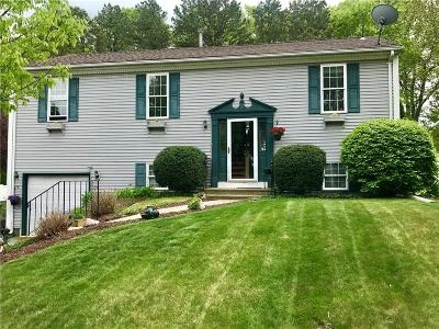 Coventry Single Family Home For Sale: 12 Wildflower Dr