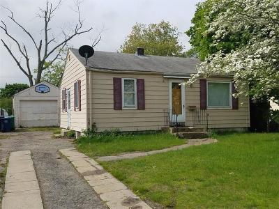 Warwick Single Family Home For Sale: 104 Falcon Av