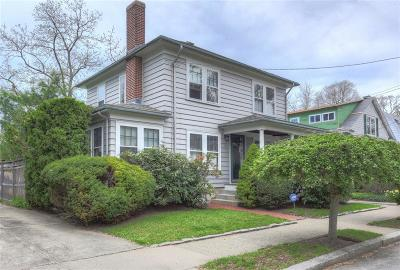 Providence County Single Family Home For Sale: 18 Astral Av