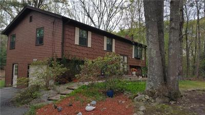 East Greenwich Single Family Home For Sale: 190 Crompton Rd