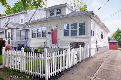 East Providence Single Family Home For Sale: 88 Williams Av