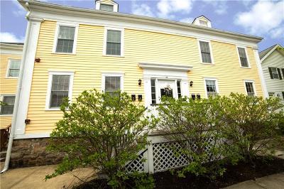 Newport Condo/Townhouse For Sale: 22 Stockholm St, Unit#3 #3