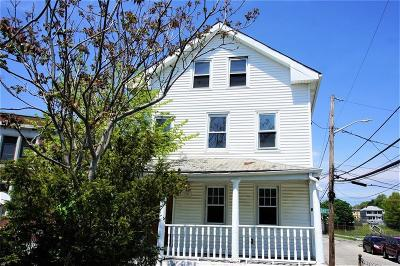Providence RI Multi Family Home For Sale: $129,900