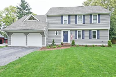 North Kingstown Single Family Home For Sale: 179 Pinecrest Dr