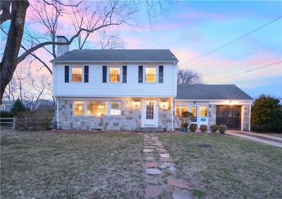 Kent County Single Family Home For Sale: 128 Canna St