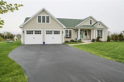 South Kingstown Single Family Home For Sale: 24 Snug Harbor Lane