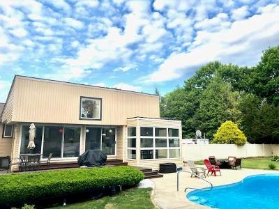 North Kingstown Single Family Home For Sale: 620 Stony Lane