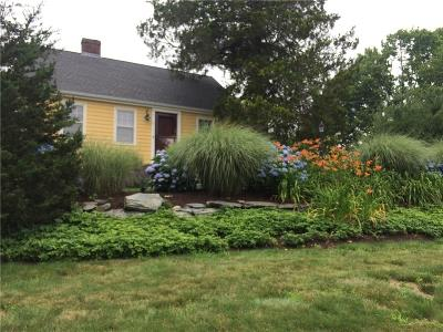 Middletown Single Family Home For Sale: 11 Little Creek Lane