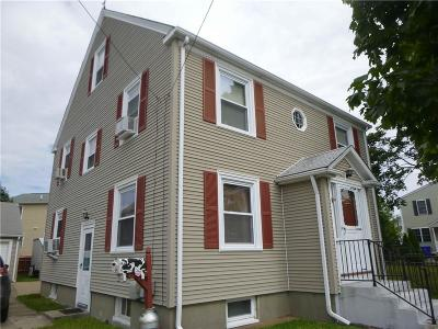 Pawtucket RI Single Family Home For Sale: $294,900