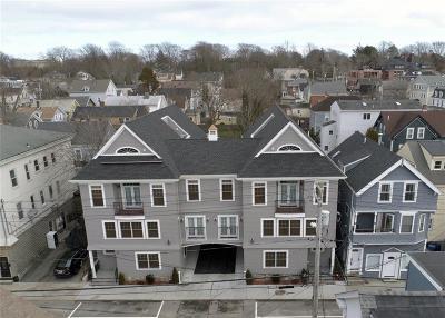 Newport Multi Family Home For Sale: 636 Thames St