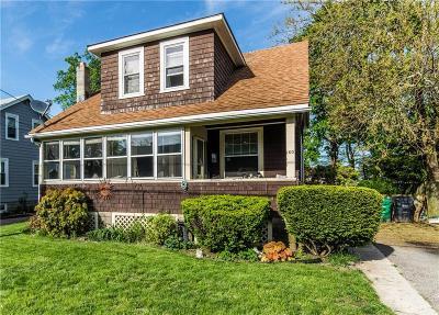 Warwick Single Family Home For Sale: 160 Manolla Av