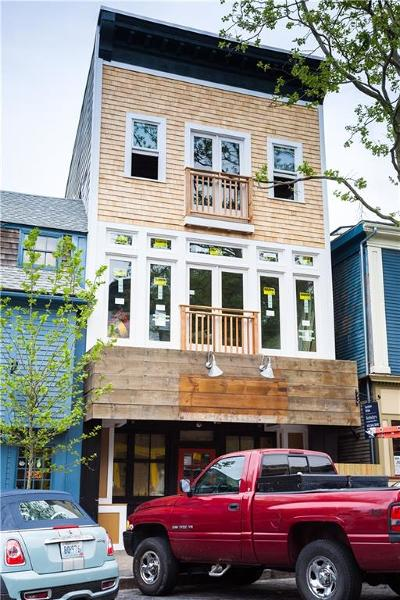 Newport County Condo/Townhouse For Sale: 8 - 10 Broadway
