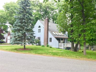 Providence County Single Family Home For Sale: 69 Amherst St