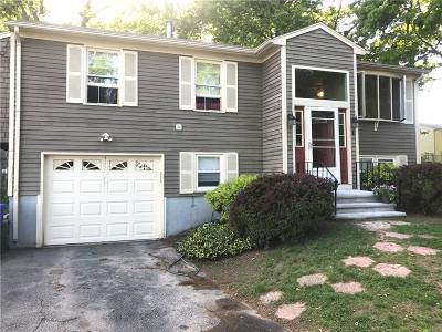 Providence County Single Family Home For Sale: 4 Timber St